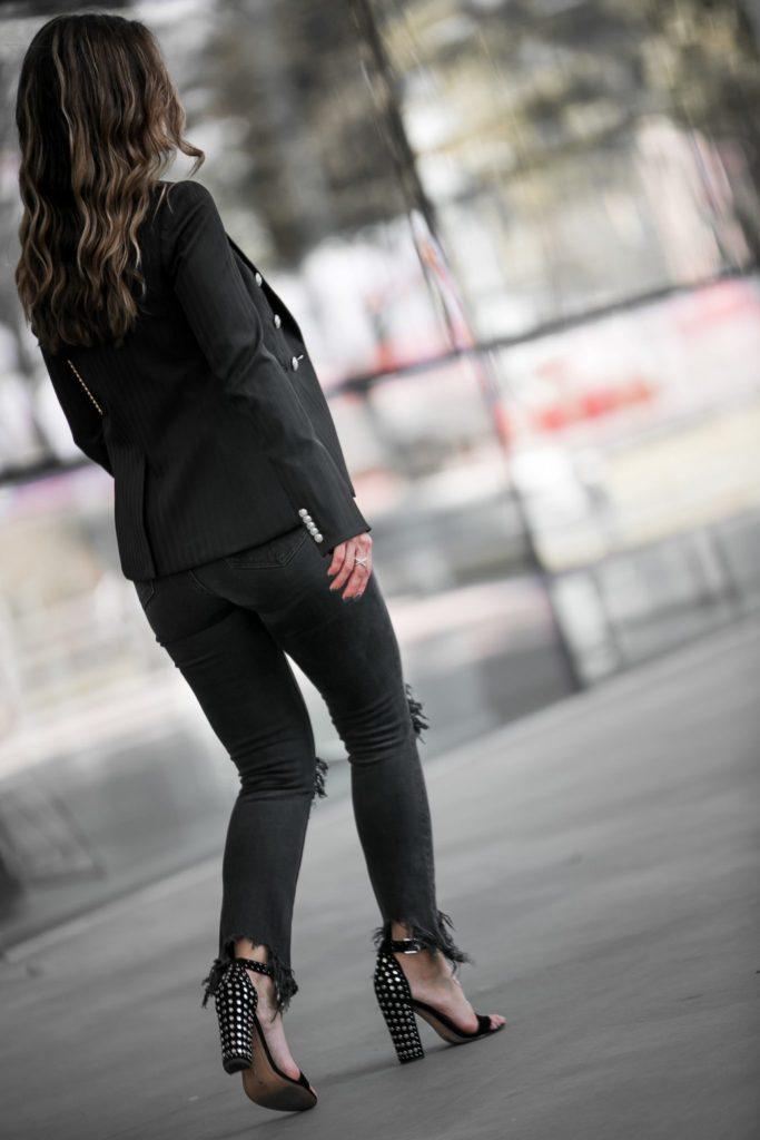 Veronica Beard Herringbone Jacket// L'Agence High Waisted Nighttime Jean// LAGOS Crossover Ring// Dolce Vita Black Studded Sandal