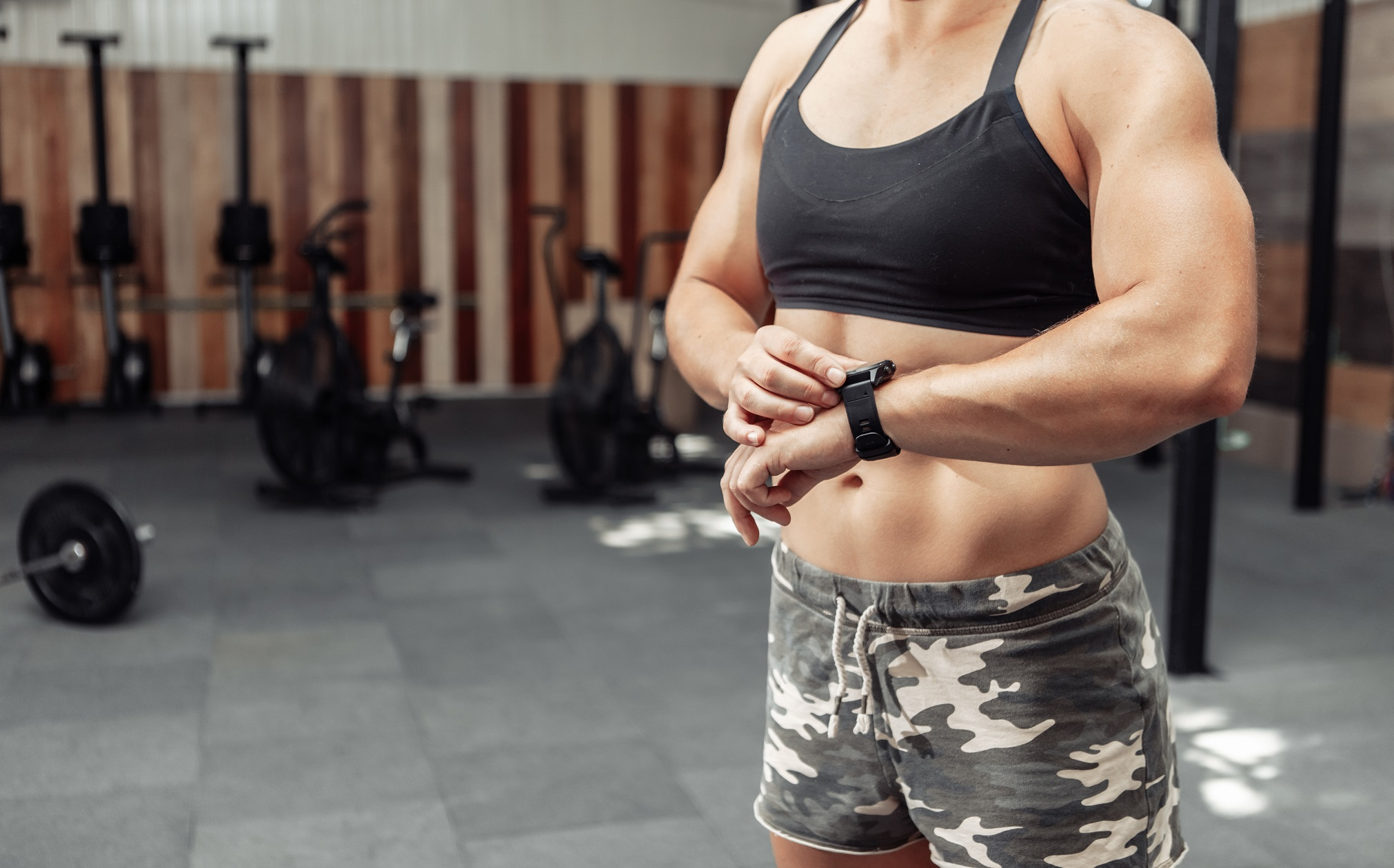 Woman training to build muscle fast