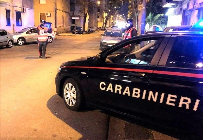 Controlli dei Carabinieri nel fine settimana in provincia di Messina: due denunce e sospensione temporanea dell'attività di un esercizio commerciale per violazione delle norme anti-covid