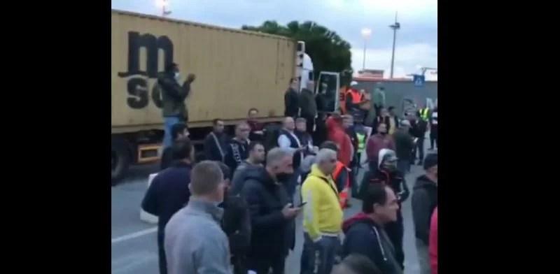sciopero portuali genova