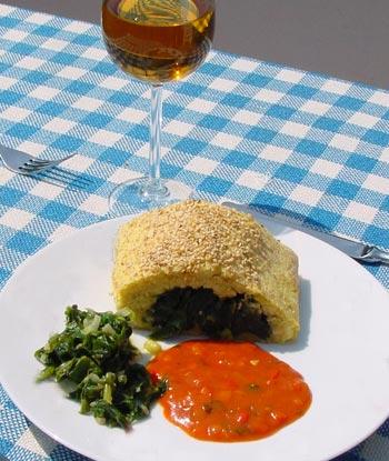 Kartoffelstrudel, Spinat-Lauch-Gemüse, Paprikasauce