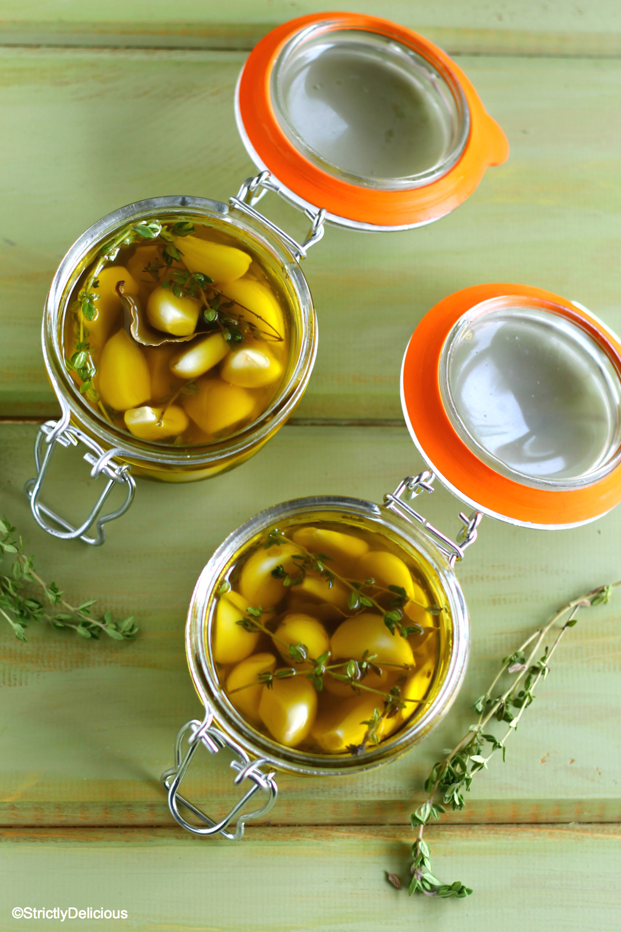How to Pickle Garlic in Olive Oil (Easy Refrigerator Pickled Garlic & Herbs)