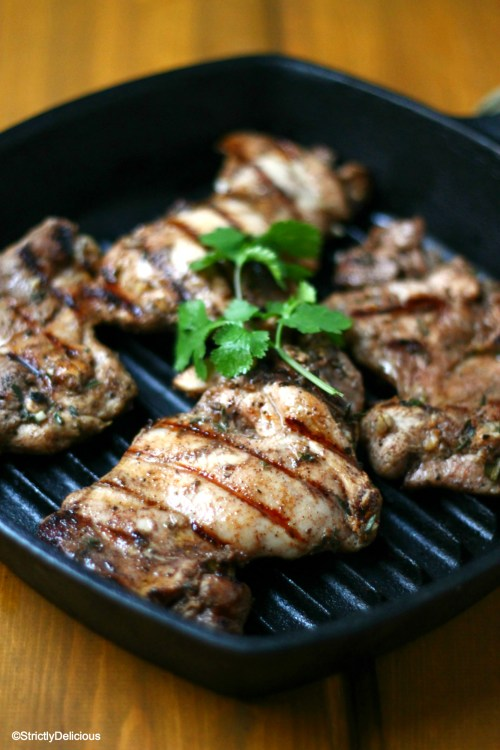 Easy Jerk Chicken (paleo and nightshade free) via StrictlyDelicous.com