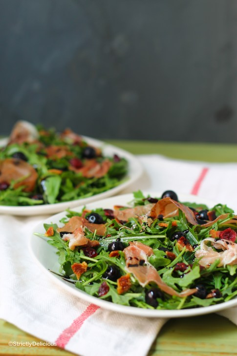 How to Build the Perfect Salad   StrictlyDelicious.com