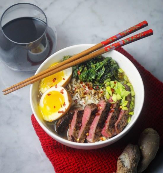 Weeknight Ramen with ginger green tea broth, kale, and beef tenderloin | StrictlyDelicious.com