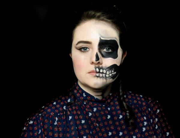 Halloween Face Paint - Victorian Halloween Faded Skull