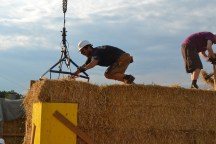 STEP-3-Lasttragender-Strohballenbau-Workshop-350