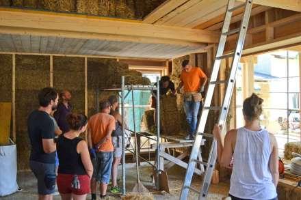 big-strawbale-workshop-ernstbrunn-02-10