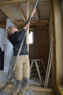 strawbalehouse-summerau-clayplaster-102