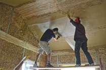 strawbalehouse-summerau-clayplaster-22