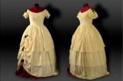 historisches Abendkleid mit Rosen