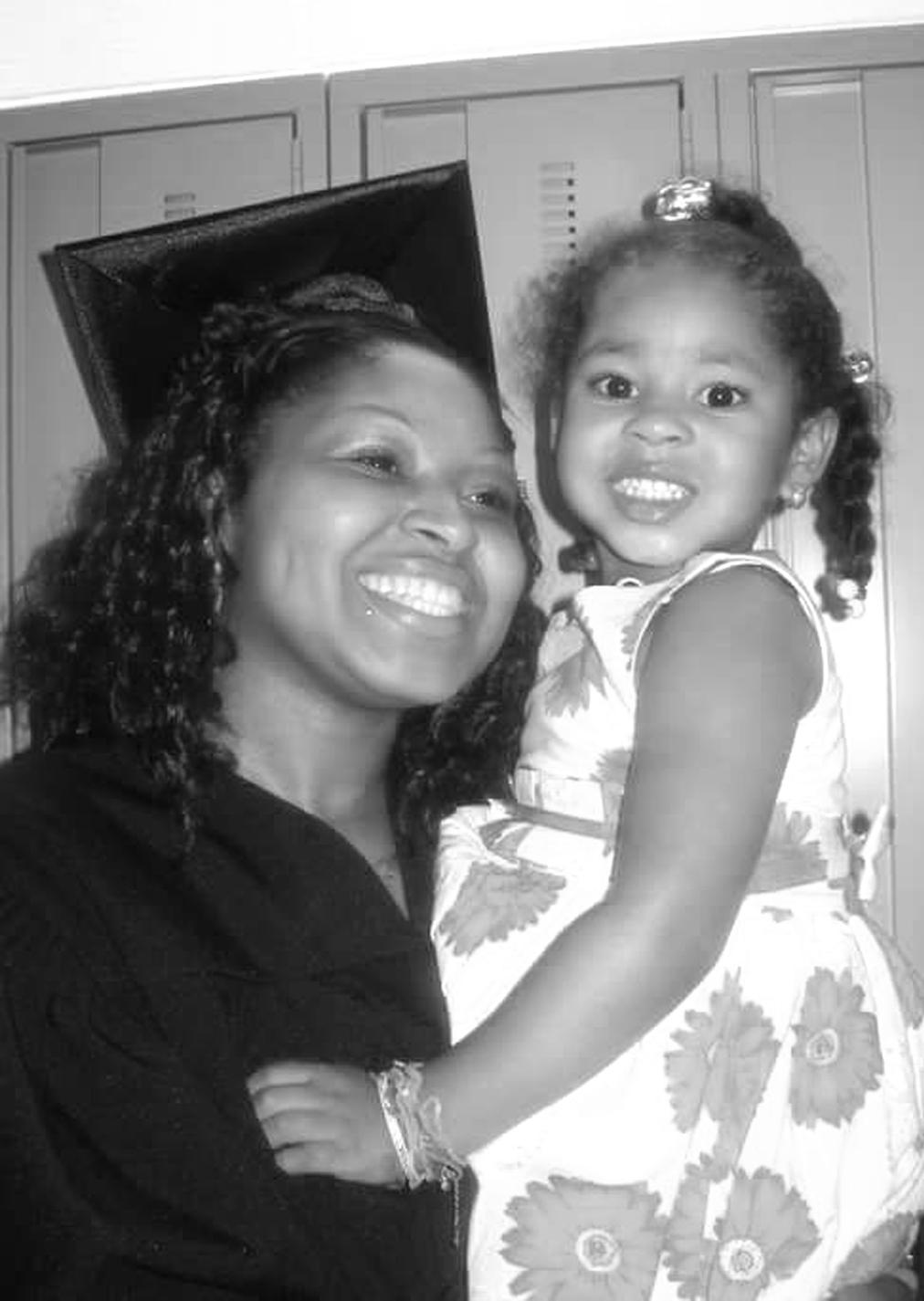 Parent Scholar: Shanna Collins (Mother of 3)