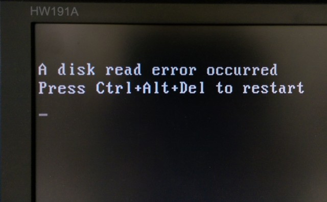 無法開機的訊息 Disk read error