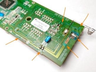 之前電池漏液被腐蝕的電路板