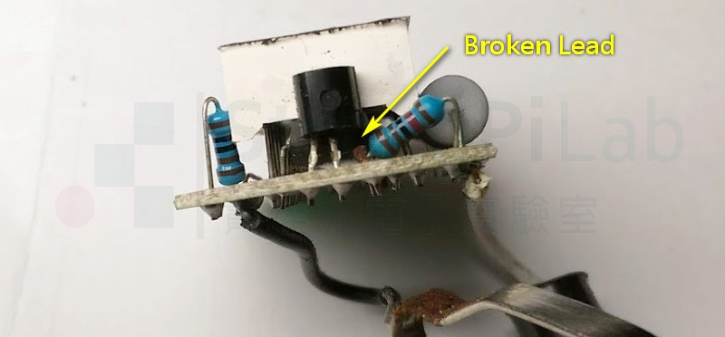 參考電壓TL431嚴重鏽蝕,已經斷腳了