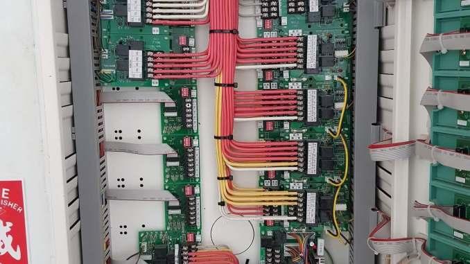 水電施工-複合式授信機整齊的配線-感謝冠豐工程行提供照片