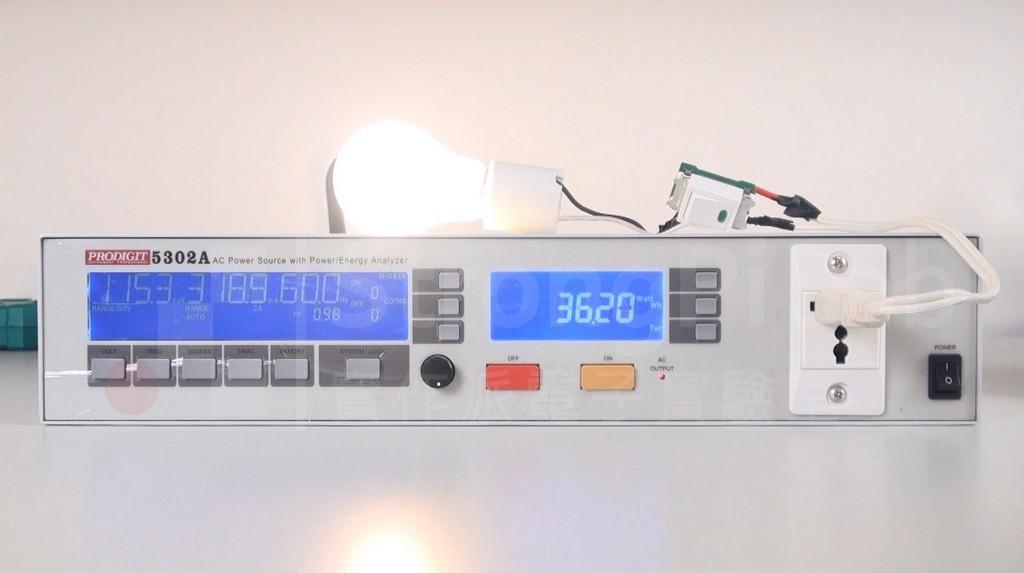 利用AC Power來測量 鎢絲 燈泡的電阻值