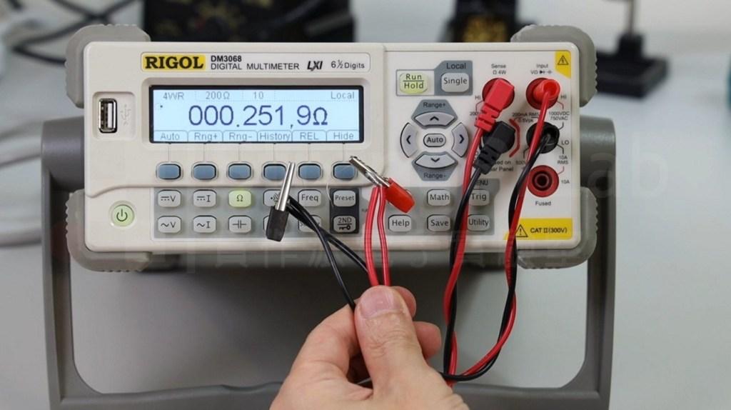 7cm銅絲的電阻大約為0.25Ω