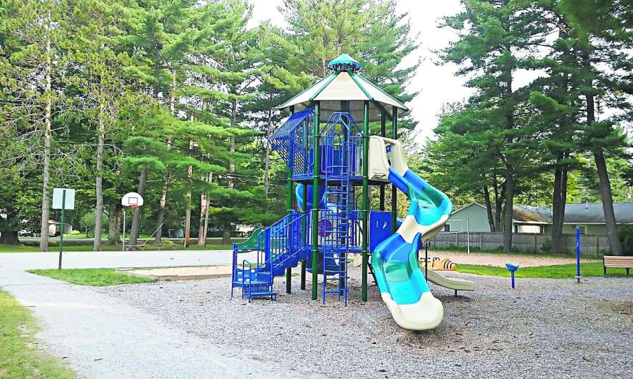 Lincoln Township improves its park, hall