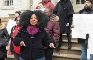 NY tenants say 'Keep public housing public!'