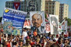 En Cuba, 'Recordamos a Lenin como recordamos a Fidel'