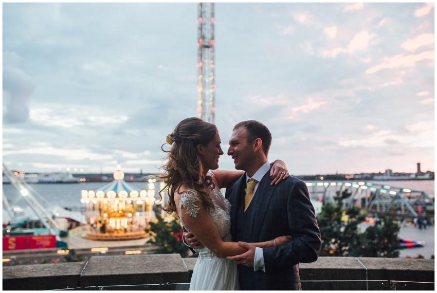 liver building wedding photography
