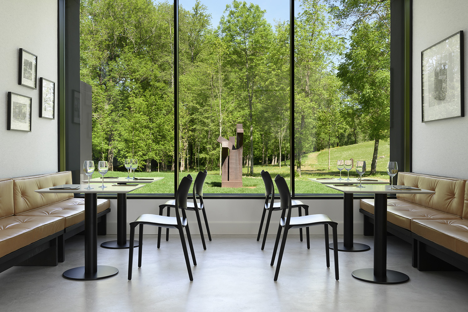 Design Chairs And Tables For Restaurants By Stua