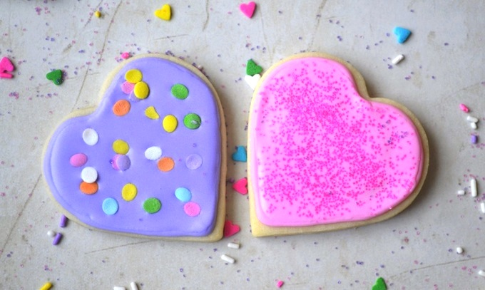 Valentine's Day Cookies   stuckonsweet.com