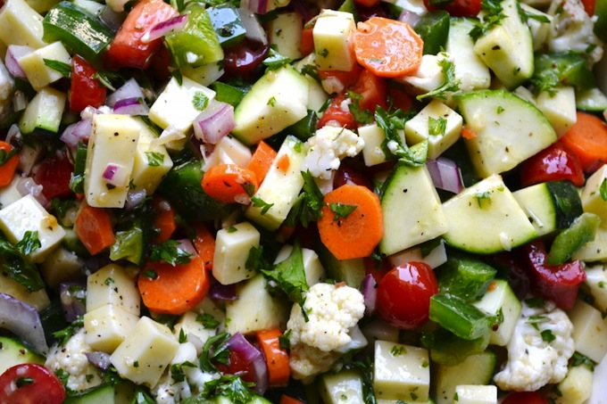 Italian Vegetable Salad | stuckonsweet.com