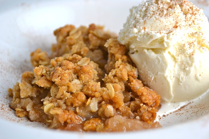 Apple Crisp 1| stuckonsweet.com