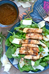 Spinach Salad With Chicken and Rosemary Balsamic Vinaigrette