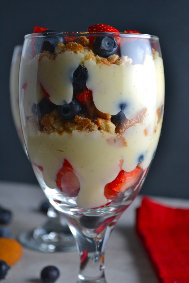 Vanilla Bean Pudding Fruit Parfaits 2