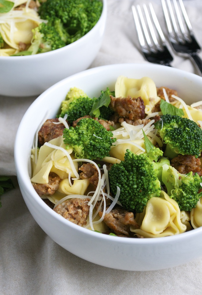 easy dinner - tortellini with sausage and broccoli