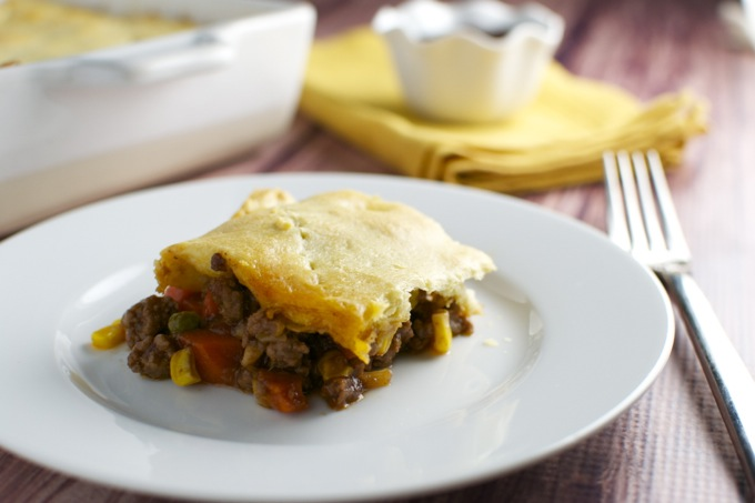 Barbecue Beef Pot Pie | stuckonsweet.com