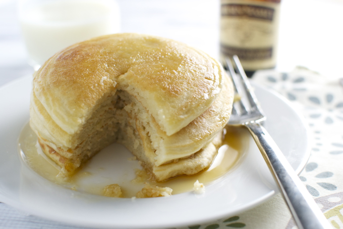 Homemade Vanilla Pancakes - stucknsweet.com