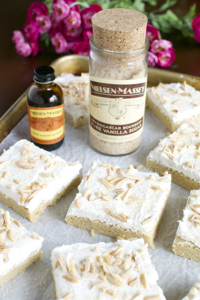 Almond Sugar Cookie Bars | www.stuckonsweet.com