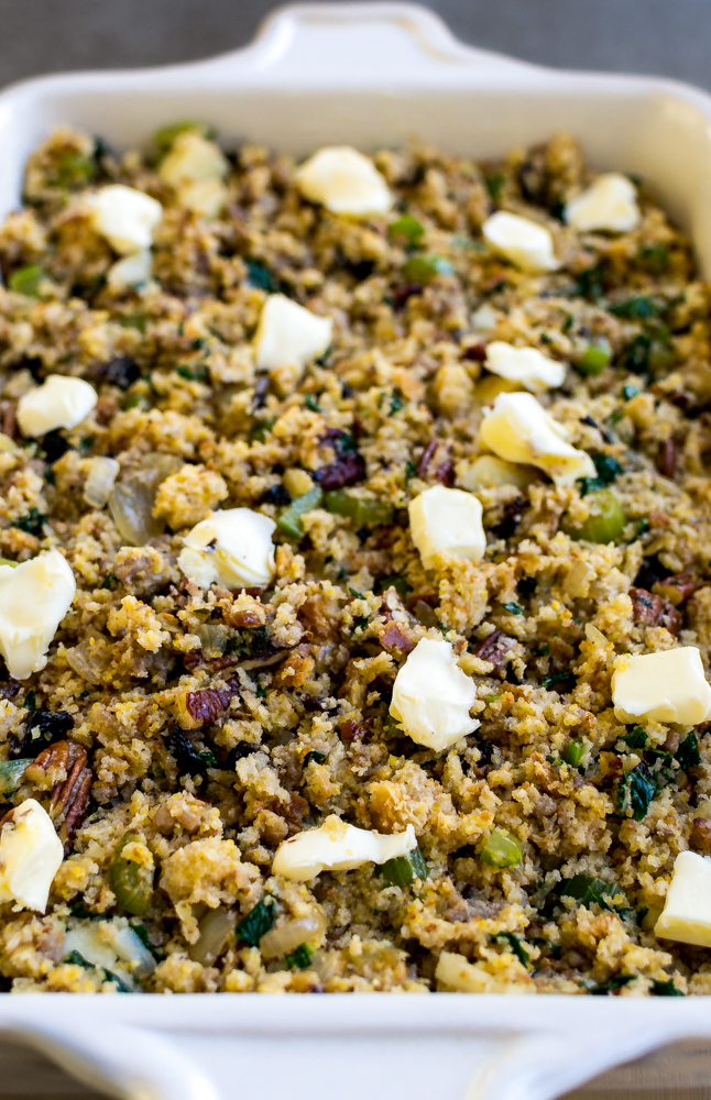Cornbread Thanksgiving Stuffing | www.stuckonsweet.com
