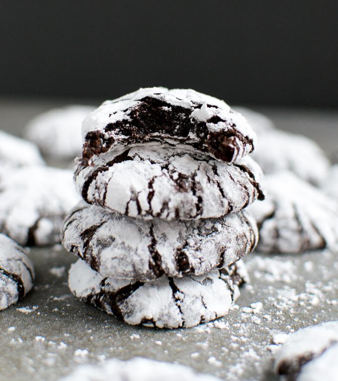 Chocolate Crinkle Cookies   www.stuckonsweet.com