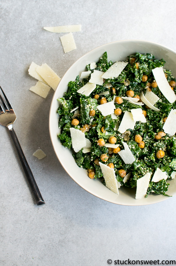 kale and chickpeas caesar salad