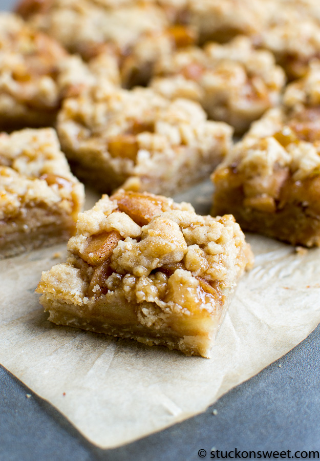 Delicious apple pie bars