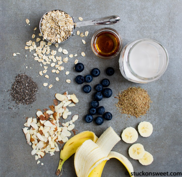 blueberry almond overnight oats ingredients
