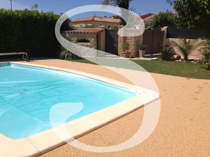 Plage de piscine couleur Jaune - 30111 Congénies