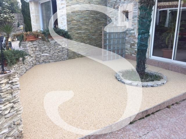 Terrasse en granulats couleur Ivoire doré - 30000 Nîmes