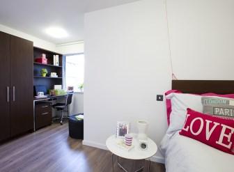 306_highburysuperioren-suite.jpg
