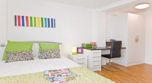glasshouse-twodio-bedroom1.jpg