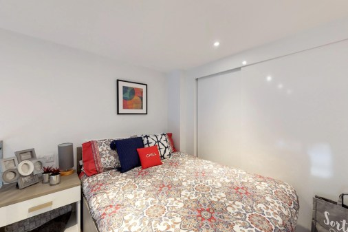 Room-07-Stepney-Yard-09042018_211723.jpg