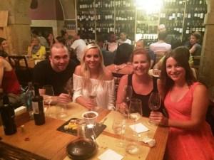 Portweinprobe und leckere portugiesische Tapas sowie superliebe Bekanntschaften und ein lustiger Kellner