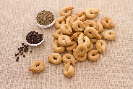 Taralli-specialità-Puglia-Italian-crackers-snack-food-Recipe