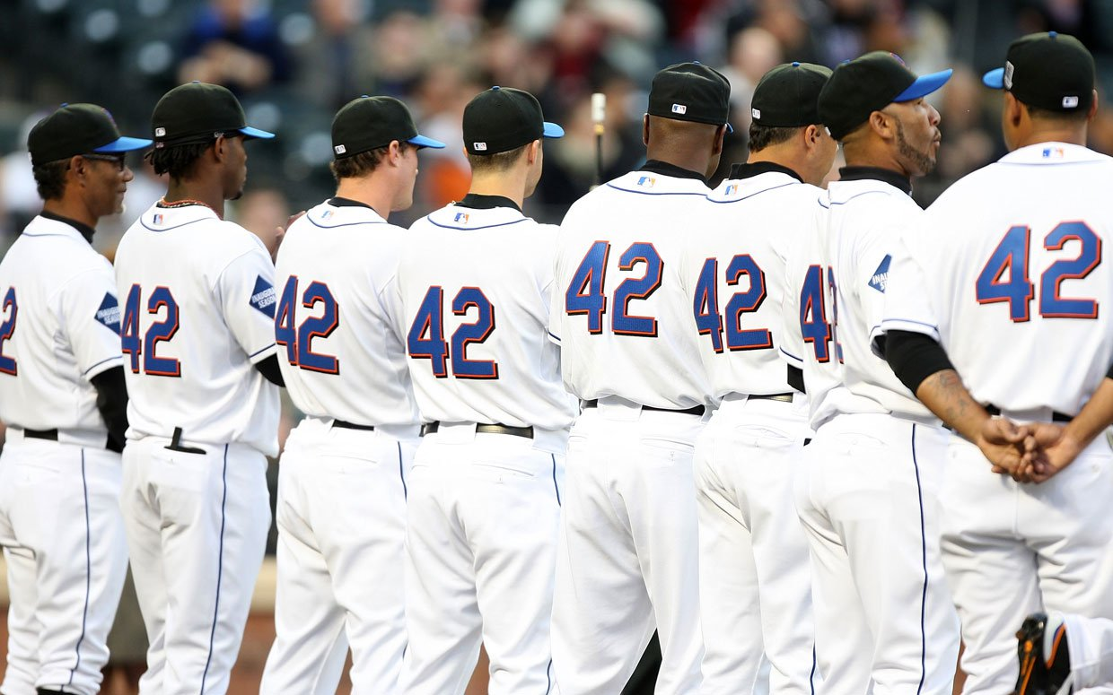 Jackie Robinson Honored Throughout Mlb And Beyond