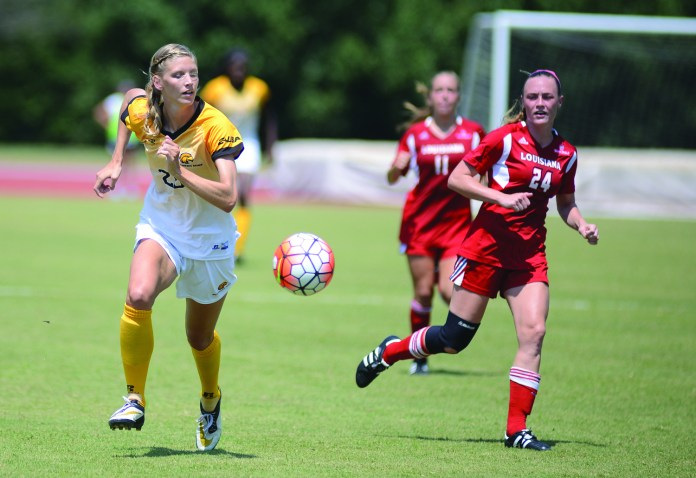Southern Miss defender Breann Hedin takes a ball upfield during the game played against University of Louisiana at Lafayette in Hattiesburg on Sunday afternoon. Mary Alice Weeks/Student Printz